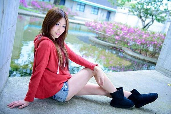 制服+黑絲襪,長腿麻豆可愛到令人妒忌 凹嗚~~ 狼來啦   TS娛樂城 九州娛樂城 天下娛樂城 ts5588.net 正妹 懶人包 http://ts5588.net TS運彩網 TS現金網 TS娛樂網