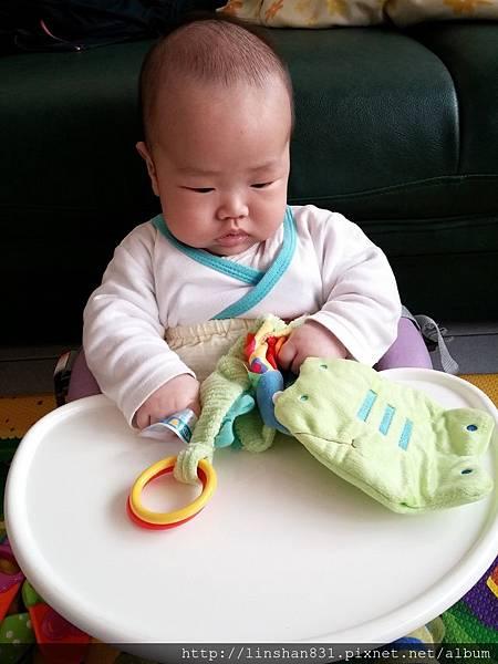 3M最愛的響紙玩具.jpg