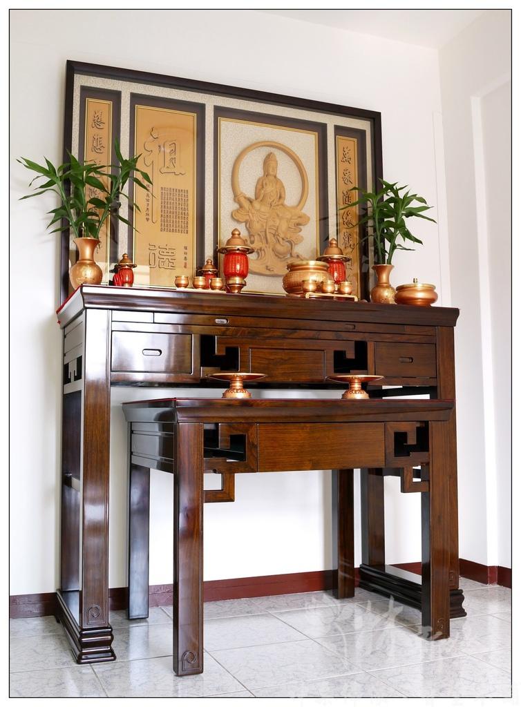 五尺一黑紫檀、禪風神桌、圓月觀音雕刻聯