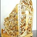 訂製如意九龍屈椅作品(台灣純金金箔)