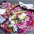 紫色、水藍色系軟身龍袍-004.JPG