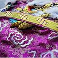 紫色、水藍色系軟身龍袍-007.JPG