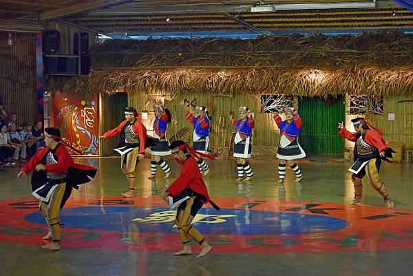 鄒族舞蹈--35034.JPG