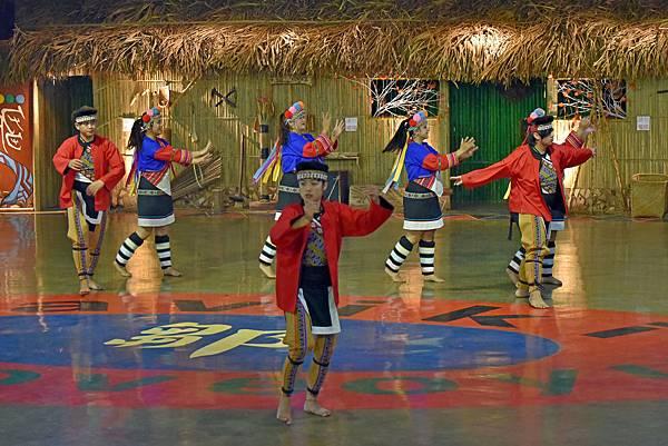 鄒族舞蹈--35039.JPG