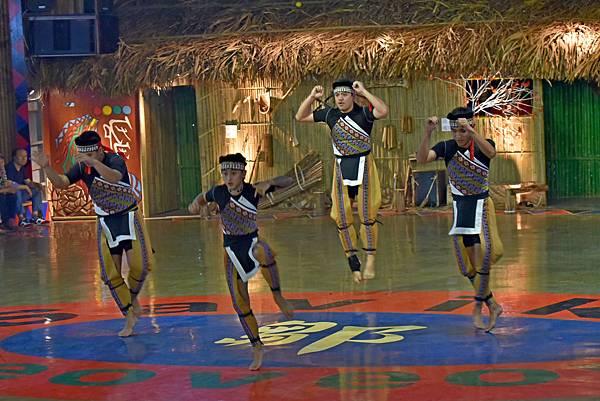 鄒族舞蹈--35046.JPG