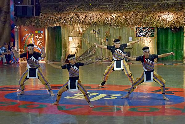 鄒族舞蹈--35066.JPG