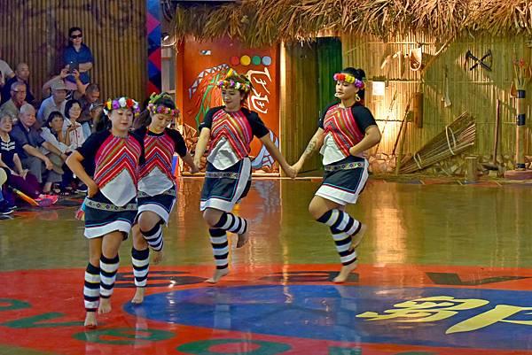 鄒族舞蹈--35097.JPG