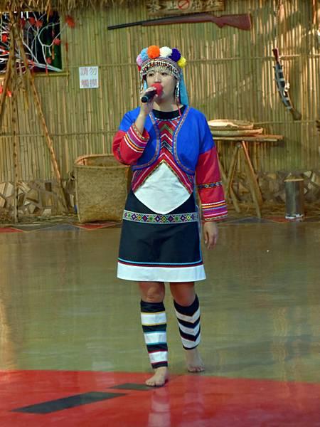 鄒族舞蹈--35131.JPG