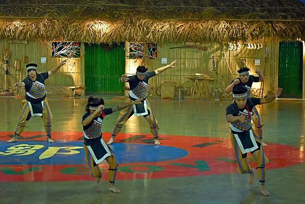 鄒族舞蹈--35135.JPG