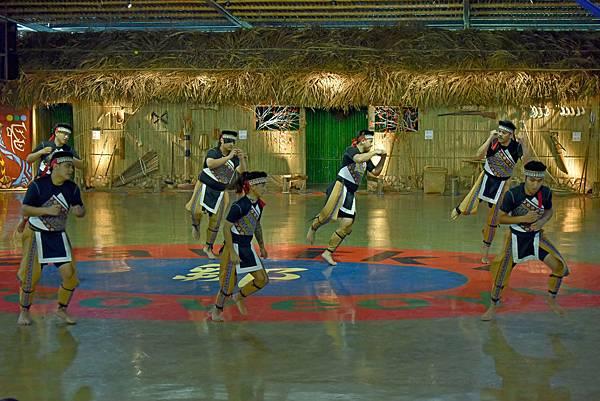 鄒族舞蹈--35154.JPG