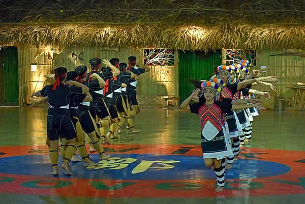 鄒族舞蹈--35164.JPG