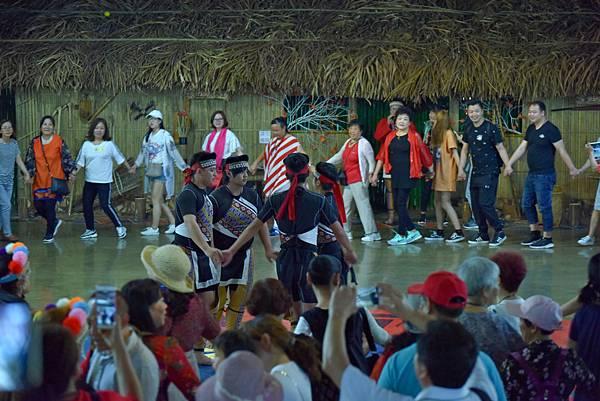 鄒族舞蹈--35189.JPG