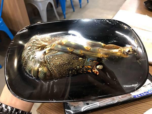 吳董自助火鍋超市 (11).JPG
