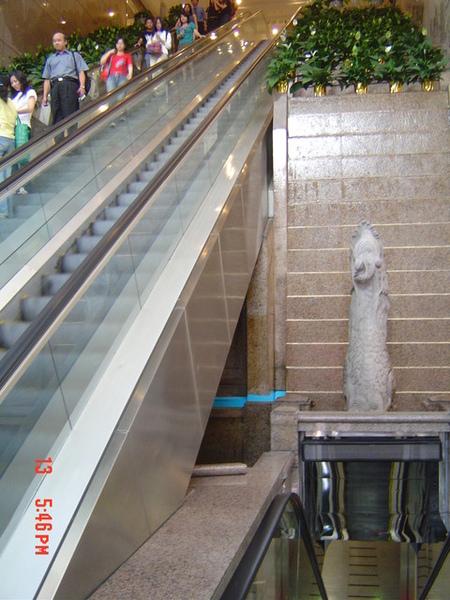 Lobby手扶梯