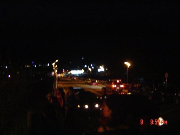 內灣大橋夜景