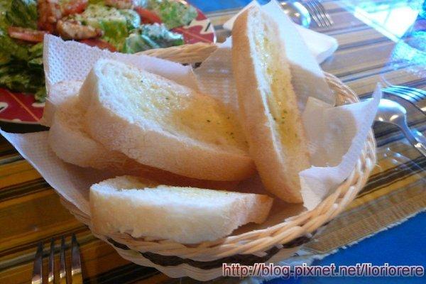 隨餐送的麵包