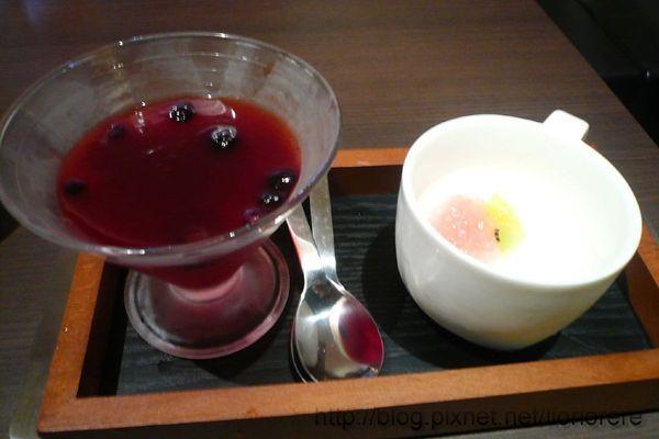 蔓越莓奶酪 和 紅醋栗玫瑰凍