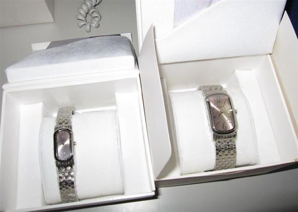 太平洋鐘錶法國ROCHAS璀璨粉晶對表