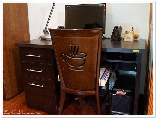 desk22.jpg