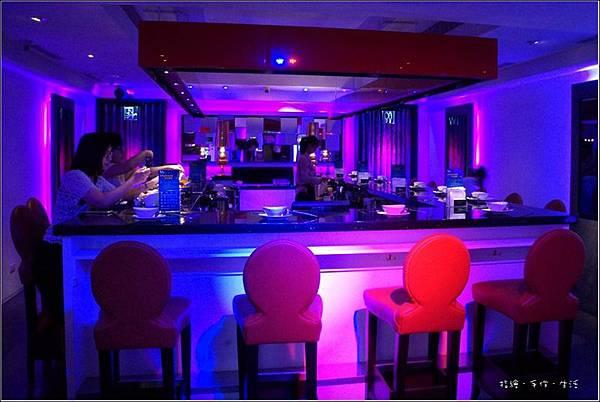 shabu lounge04.jpg