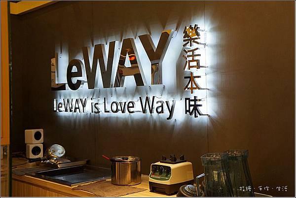 LeWAY05.jpg