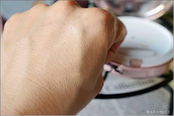 BM觸控粉餅13.jpg
