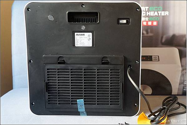 AVIAIR 微電腦數位ECO陶瓷電暖器(V12)8