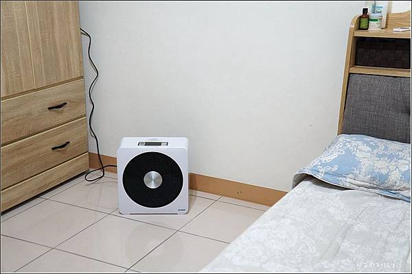AVIAIR 微電腦數位ECO陶瓷電暖器(V12)18