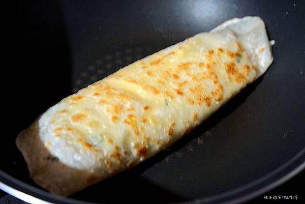 牛肉炒麵蛋餅6.jpg