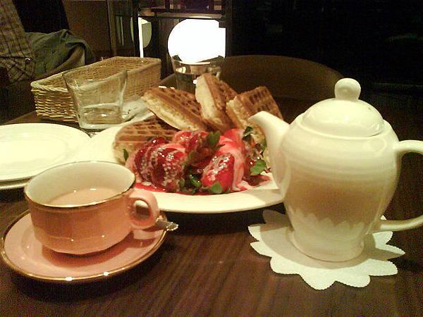 米朗琪咖啡的草莓鬆餅