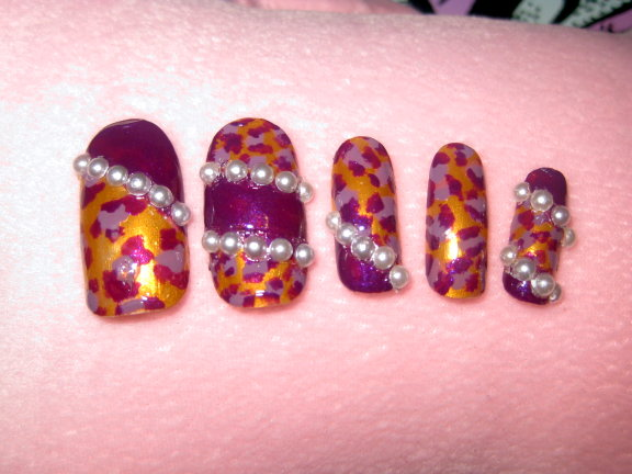 紫色豹紋甲片