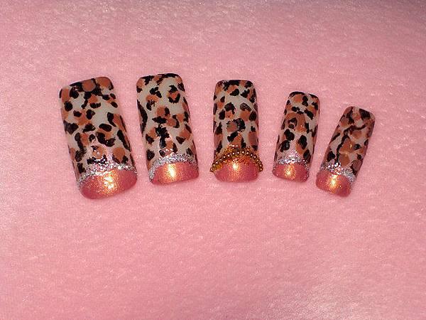 粉咖啡豹紋甲片