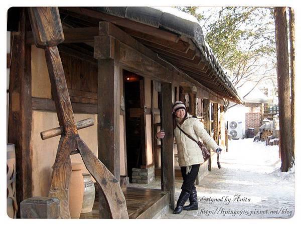 島上處處都有很傳統的木造屋