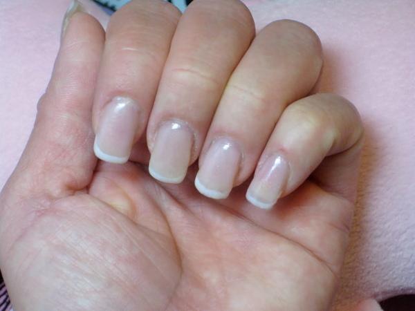 Calgel的法式指甲