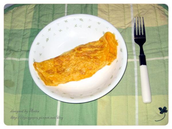 美味的起司蛋上桌