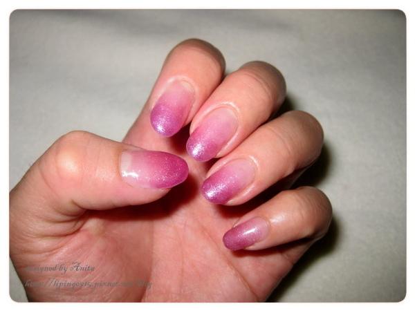 紫色亮粉漸層