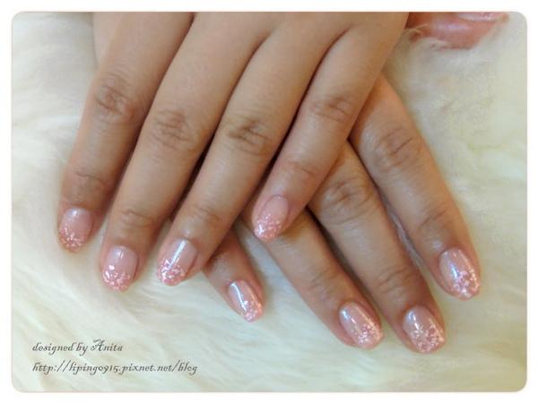 粉色銀箔很特別