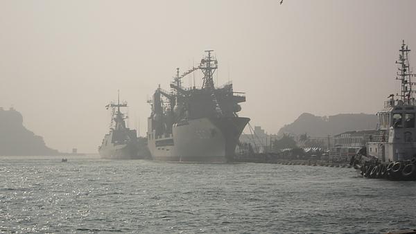 高雄港.JPG