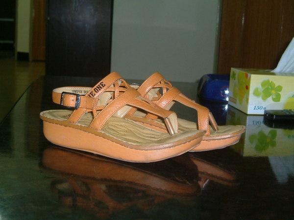 涼鞋2.jpg