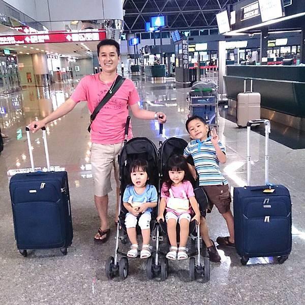抵達機場2