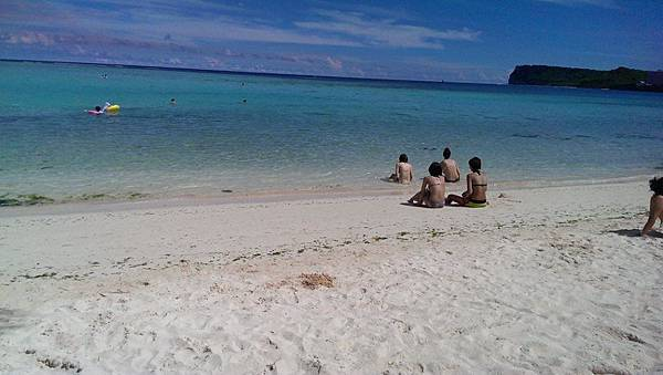 陽光沙灘比基尼