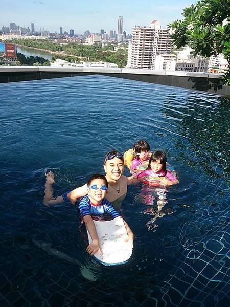 T21游泳2