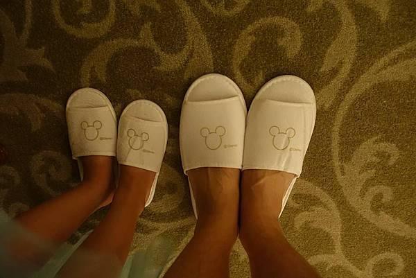 室內拖鞋.jpg
