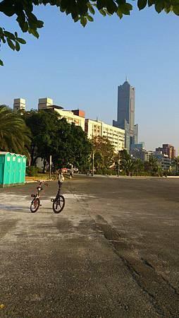 與小敏共騎單車