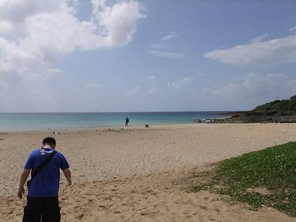 海灘上少少人