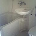 很小的浴室+廁所