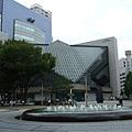 這是東京藝術劇場