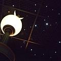三樓的天花板是星星