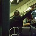 電車上好酷的頭