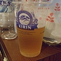 泡完溫泉裝啤酒來喝~